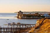 Late afternoon, Fishing huts and church, The Way of Saint James, Chemins de Saint-Jacques, Via Turonensis, Talmont sur Gironde, Dept. Charente-Maritime, Région Poitou-Charentes, France, Europe