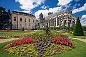 Saint Stephen's Cathedral in Bourges, Jardin de l'Archeveché, The Way of St. James, Chemins de Saint Jacques, Via Lemovicensis, Dept. Cher, Région Centre, France, Europe