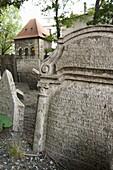 Old Jewish cementery, Josefov Jewish quarter, Prague. Czech Republic