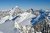 Berglandschaft in Winter, Naturpark Rieserferner Ahrn, Rieserfernergruppe mit Hochgall, Südtirol, Italien
