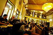 Guests in the restaurant Baeckerhof, Nuremberg, Middle Franconia, Bavaria, Germany