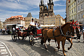 Horse drawn carriage old town square stare mesto old town. Prague. Czech Republic.