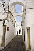 Street, Arcos de la Frontera. Pueblos Blancos (white towns), Cadiz province, Andalucia, Spain