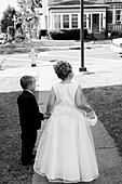 b&w, back view, black-and-white, boy, boys, Bridesmaid, Bridesmaids, Caucasian, Caucasians, Child, child, Children, children, Contemporary, couple, couples, Daytime, Dress, Dressed up, Dresses, Elegance, Elegant, exterior, Female, Full body, Full length,