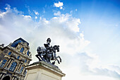 Architecture, Building, Buildings, cities, city, Cloud, Clouds, Color, Colour, Daytime, Equestrian, Europe, exterior, France, From below, Low angle, Low angle view, Monument, Monuments, outdoor, outdoors, outside, Paris, Sculpture, Skies, Sky, Statue, Sta