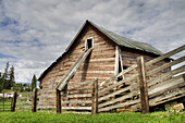 An old barn in Fairfield, Washington, USA