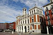 Valladolid. España. Plaza Mayor de Valladolid en el casco histórico de la ciudad.