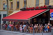 Brasserie des Escoles in Crois Rousse, outdoor street cafe,   Lyon, Rhone Alps,  France