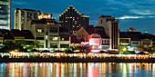 Skyline of Singapur, Boat Quay, Restaurant, bars at night, South East Asia, twilight