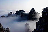 An-hui, Anhui, Anhwei, China, Cloud, Clouds, Cloudscape, Cloudscapes, Color, Colour, Daybreak, Huangshan, Landscape, Landscapes, Morning, Mountain, Mountains, Peak, Peaks, Scenery, Skies, Sky, Skyscape, Skyscapes, Summit, Summits, Sunrise, Top, Tops, View