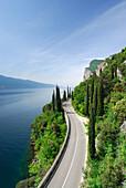 Uferstraße am Gardasee, Lombardei, Italien