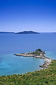 Idyllic coastline under blue sky, Makarska Riviera, Croatian Adriatic Sea, Dalmatia, Croatia, Europe