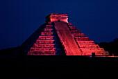 Pyramid of Kukulcan. Chichen Itza. Yucatan, Mexico