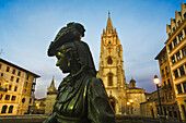 La Regenta statue by Mauro Alvare in front of cathedral in Plaza de Alfonso II el Casto, Oviedo. Asturias, Spain