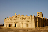 Burkina Faso. Sahel. Town of Bani. Sudanese style mosque. Traditional adobe architecture. Minarets.  Muslim Village.