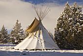 Teepee tent, Grizzly Mountain Long Rifles Horse Ridge Rendezvous, Deschutes County, Oregon, USA