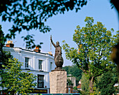 King Alfred Statue, Winchester, Hampshire, UK, England