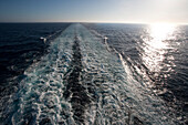 Cruise ship Queen Mary 2 stern with blackwash, Atlantic ocean, Transatlantic
