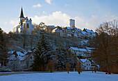 Reifferscheid - local authority of Hellenthal, northern part of Eifel, outdoor photo, winter evening, snow, North Rhine-Westphalia, Germany, Europe