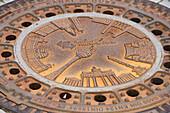 decorative, manhole cover Berlin