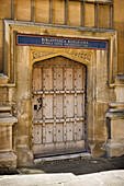 Oxford University, Bodleian Library with Latin inscription over door, Oxford, Oxfordshire, UK, England
