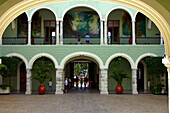 Palacio del Gobierno, government offices, interior courtyard, Merida, Yucatan, Mexico