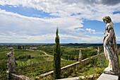 Blick vom Rosengarten der Abbazia di Rosazzo, Friaul-Julisch Venetien, Italien