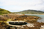 Traditional irish Curragh boat in Dogs Bay, Roundstone, Connemara, County Galway, west coast, Ireland, Europe