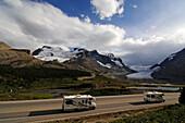 Camper, Icefields Parkway, Columbia Icefield, Jasper National Park, Alberta