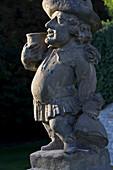 Skulptur im Schlosspark Weikersheim, Baden-Württemberg, Deutschland, Europa