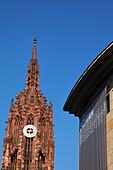 Saint Bartholomeus's Cathedral and Schirn Kunsthalle, Frankfurt am Main, Hesse, Germany