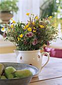 Blumenstrauss im Krug und Birnen, Still-Life, Haus