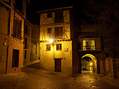 Puerta del Sol. Segovia. Castilla y León. España.