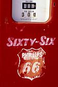 Return to the 50´s gas pump,  Historic Route 66,  Seligman,  Arizona,  USA