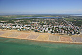 Adria, Aerial, Beach, Bibione, Brussa, Country, Green, Italy, Lignano, Mediterranean, Ombrella, Panorama, Photo, Pineda, Rimini, Sea, Summer, Sun, Venice, Water, XJ9-812319, agefotostock