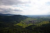 Blick über den Schwarzwald bei Baden-Baden, Baden-Württemberg, Deutschland