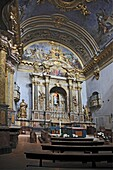 Altar und Innenraum der Kirche S  Maria dopra Minerva Minervatempel, Assisi, Umbrien, Italien / Altar and interior of the church of St  Maria sopra Minerva, Minerva tempel, Assisi, Umbria, Italy, Europe