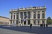 Barockfassade des Palazzo Madama an der Piazza Castello, Turin, Torino, Piemont, Italien / Baroque facade of the Palazzo Madama on Piazza Castello, Turin, Torino, Piedmont, Italy, Europe