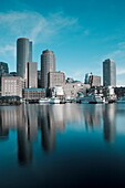 USA,Massachusetts, Boston, Rowe´s Wharf, dawn