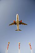 Boeing 737-800 landing in Palma de Mallorca, Spain