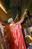 Musician entertains at Club Jad Mahal, Marrakech, Morocco, Africa