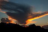 Little Adam's Peak at sunrise, Ella, Highland, Sri Lanka, Asia