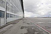 Airfield, Munich airport, Bavaria, Germany