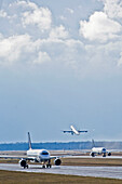 Airliners, Munich airport, Bavaria, Germany