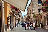 Shopping street, Corso Umberto, Taormina, Sicily, Italy