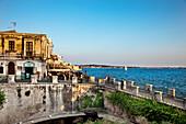 Seaside Promenade, Fonte Aretusa, Ortigia, Syracuse, Sicily, Italy
