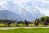 Cycling tour, Isar Cycle Route near Krun, Karwendel range, Upper Bavaria, Germany