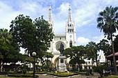 Metropolitan Cathedral, Monument of Simon Bolivar and Seminario Park, Guayaquil, Guayas Province, Ecuador