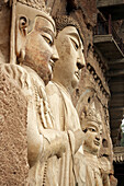 Asia, Buddha, Buddhas, Buddhism, Carved, China, Color, Colour, detail, details, Faith, Figure, Figures, Gansu, Grotto, Grottoes, Grottos, Iconography, Kansu, Maijishan, People´s Republic of China, PRC, Religion, Sculpted, Sculpture, Sculptures, Symbol, Sy