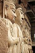 Asien, Buddha, Buddhas, Buddhismus, China, Detail, Details, Farbe, Felsenhöhle, Felsenhöhlen, Figur, Figuren, Gansu, Glaube, Glauben, Grotte, Grotten, Ikonographie, Kansu, Länder, Maijishan, Plätze der Welt, Reisen, Religion, Skulptur, Skulpturen, Symbol,